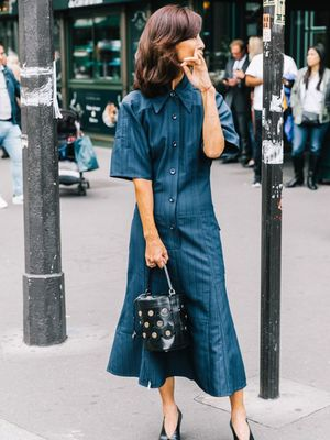 These Denim Dress Outfits Are Autumn Style Gold
