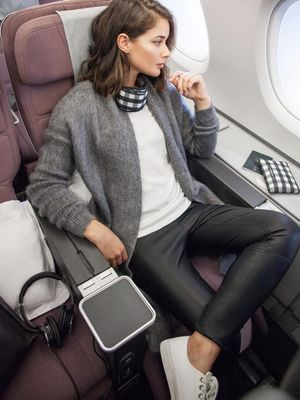The Biggest Mistake People Make on Airplanes, From the World's #1 Frequent Flyer