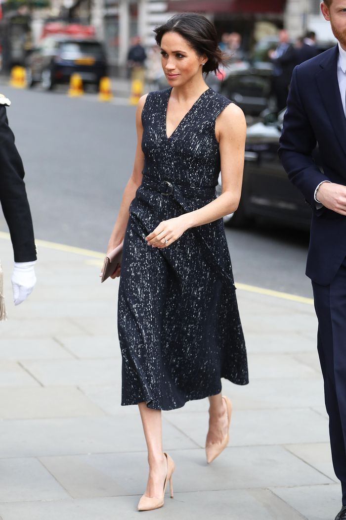 These Are Meghan Markle S Favorite Shoes Who What Wear