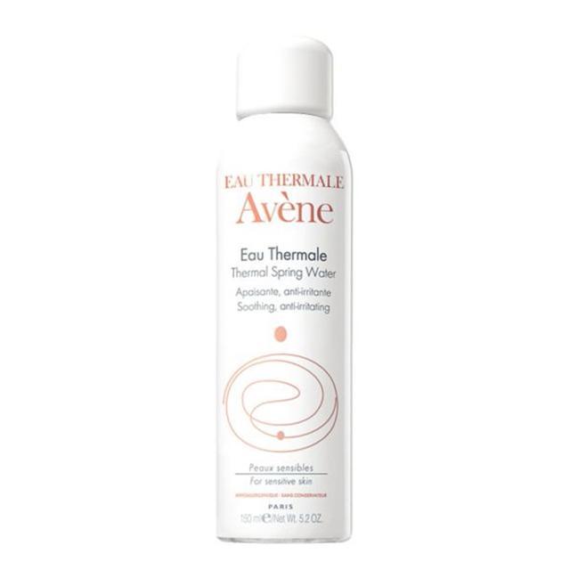Emma Hoareau travel beauty essentials: Avène Thermal Water Spray