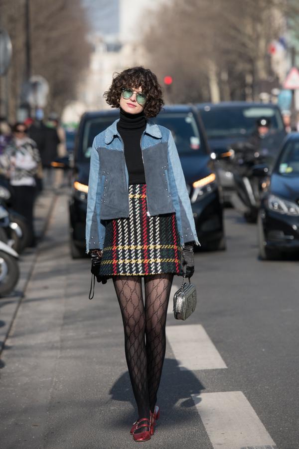 WHO: Chloe Hill WHAT: Paris Fashion Week WEAR: Gucci tights, Miu Miu skirt, Jerome Dreyfuss bag, Mih Jeans jacket