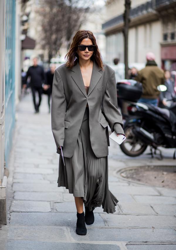 WHO: Christine Centenera WHAT: Paris Fashion Week WEAR:Céline skirt and blazer
