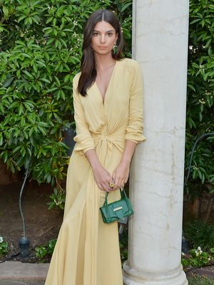 Emily Ratajkowski Just Wore the Dress That Is All Over the High Street Right Now