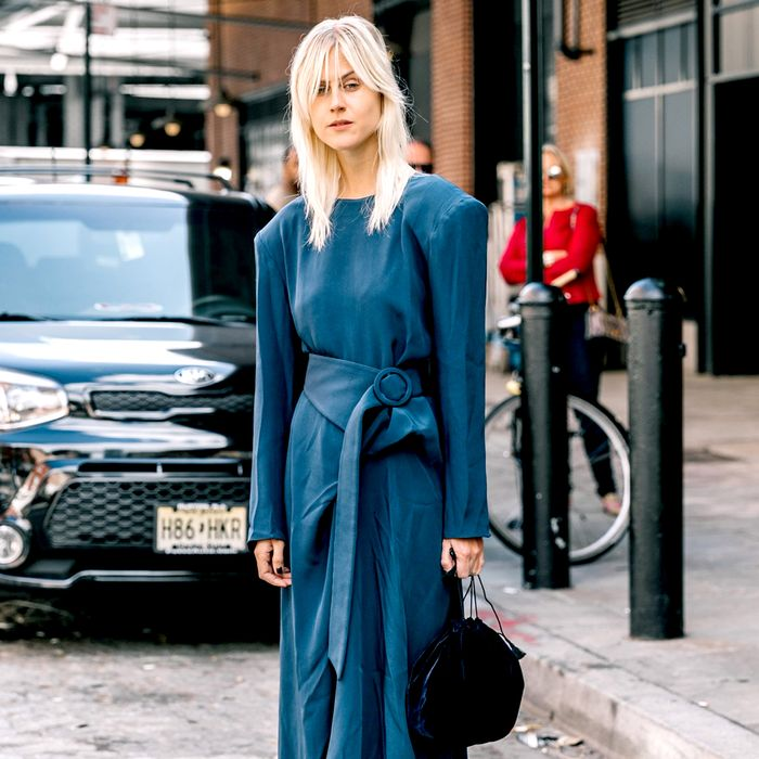 Shoes To Wear With A Navy Dress