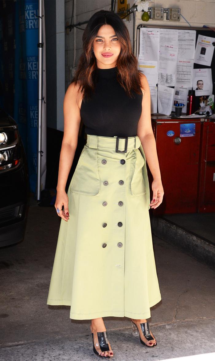Khaki Skirt: Priyanka Chopra