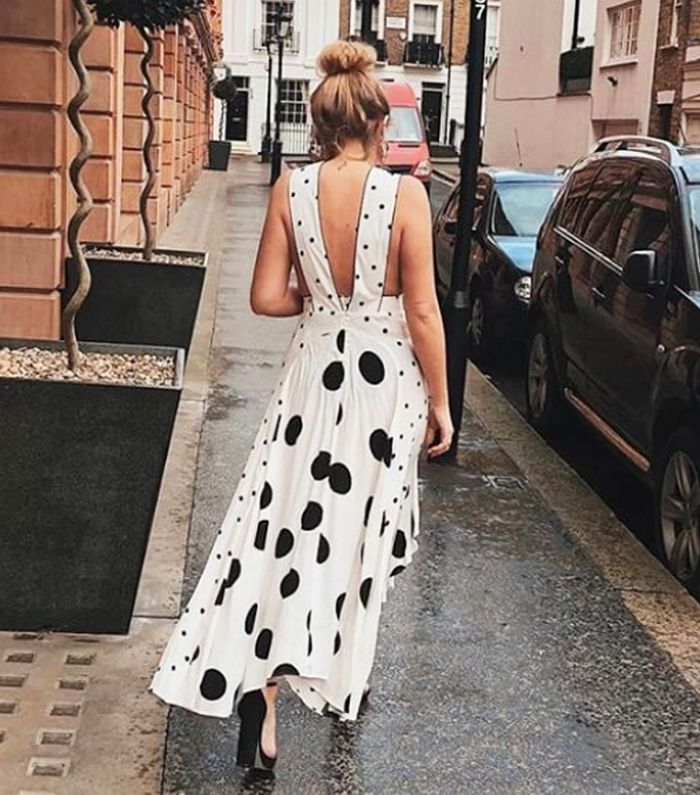 Dress trends 2018: Polka dot dress