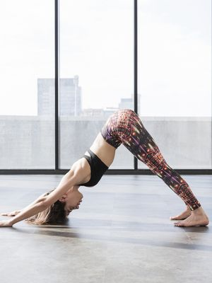 This At-Home Vinyasa Yoga Flow Boosts Strength, Flexibility, and Mindfulness