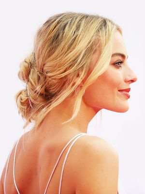 This Is the Most-Searched Wedding Hairstyle on Pinterest Right Now