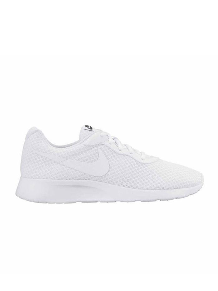 How to Clean White Mesh Shoes in 5 Steps | Who What Wear