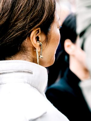 Double-Sided Earrings: The Must-Try Jewellery Trend