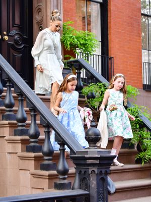 Sarah Jessica Parker's Adorable Twin Daughters Made a Rare Red Carpet Appearance