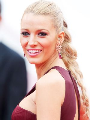 You Need to See Blake Lively With Poison Ivy–Red Hair