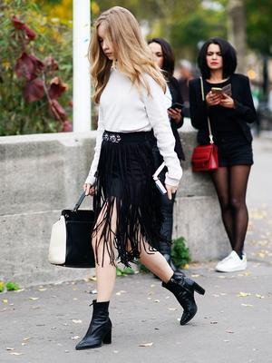 Street Style Trend Report: Fringe Skirts