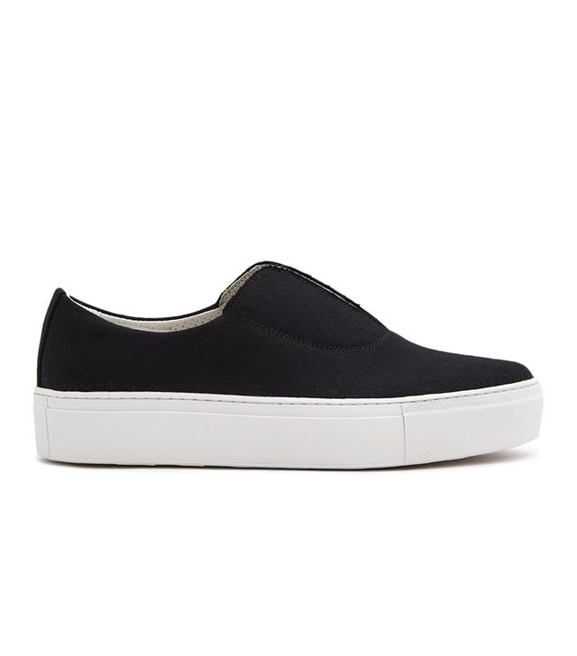 Fabl Sneakers in Black Canvas