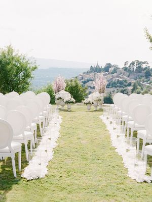 We're Swooning Over This Stunning Destination Wedding Décor