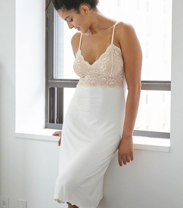 Samantha Chang Home Lace Cup Ballerina Gown