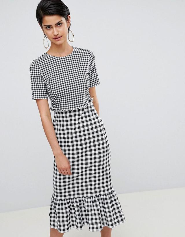 DESIGN midi dress with pep hem in contrast check