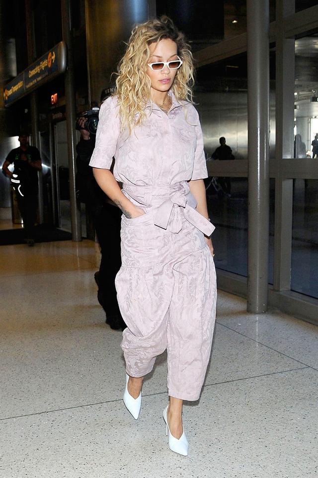 Airport outfits Rita Ora