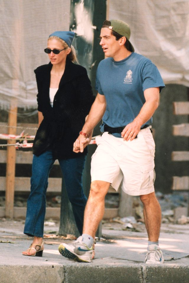 '90s sandals Carolyn Bessette Kennedy