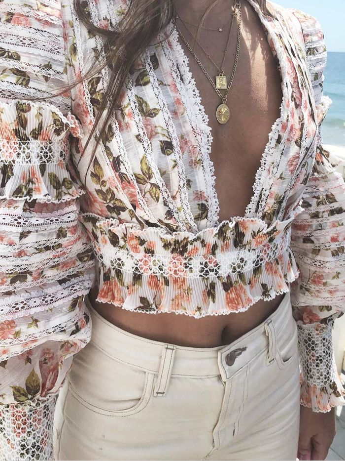 Tops to Wear With Jeans - Summer Trends