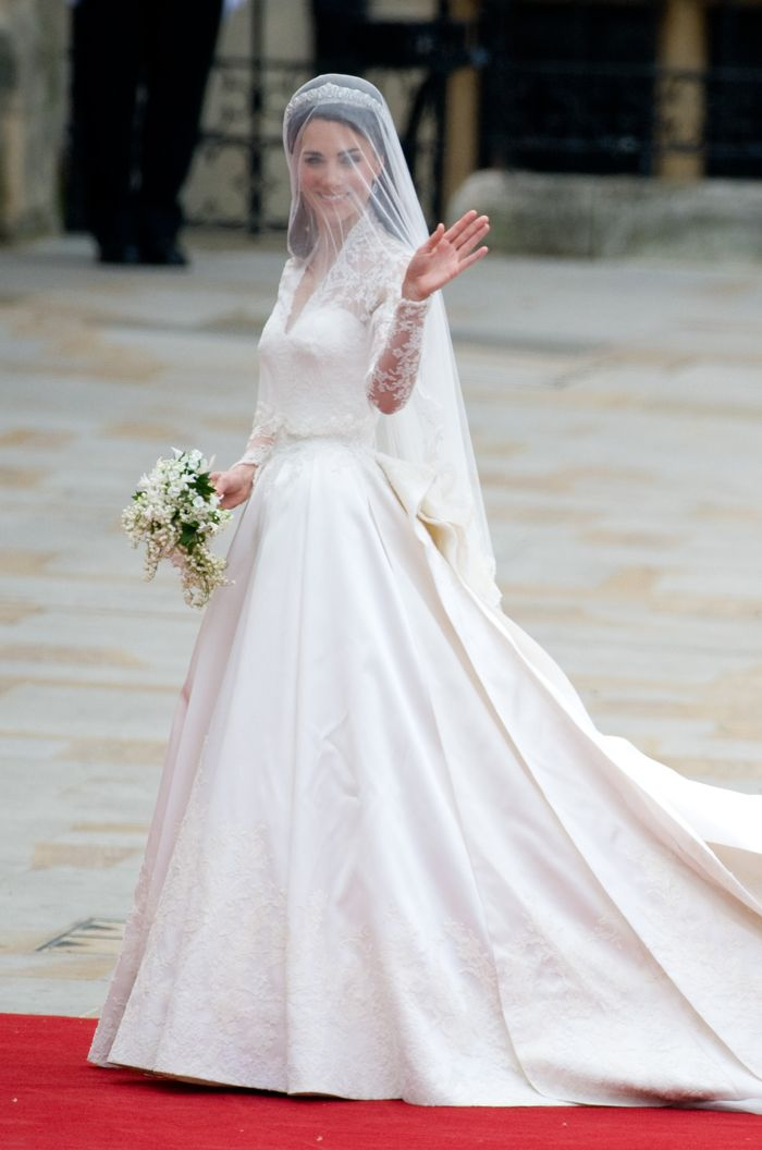 Kate Middleton Marries Prince William at Westminster Abbey in an Alexander McQueen gown