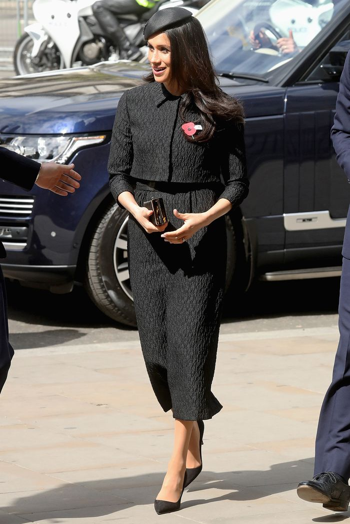 Meghan Markle wearing all-black outfit