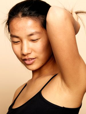 9 Chemical-Free Methods of Hair Removal You Can Do at Home