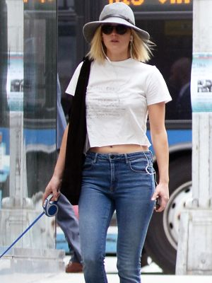 Jennifer Lawrence Wore the $50 Sneakers That Never Go Out of Style