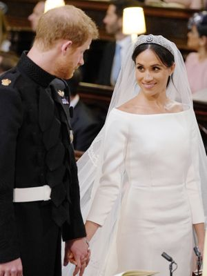 A Lip Reader Reveals What Prince Harry Said to Meghan Markle at the Altar