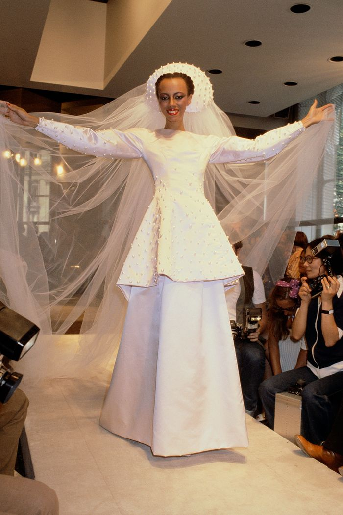 Givenchy Wedding Dresses Meghan Markle To Audrey Hepburn Who What Wear