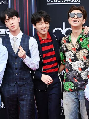 BTS Gave Us the Best Red Carpet Walk and 7 Days Worth of Outfit Inspo