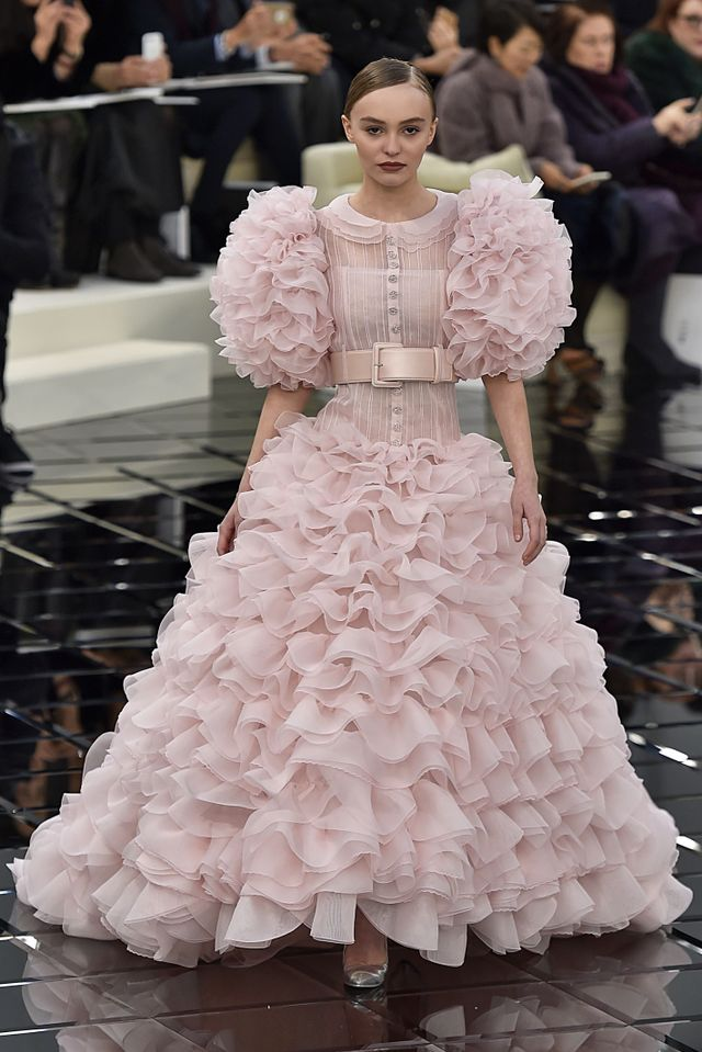 The 15 most exquisite chanel wedding dresses of all time chanel wedding dresses junglespirit Choice Image