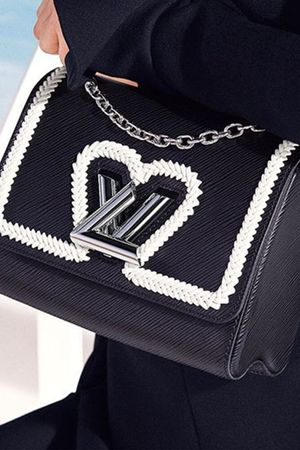 Watch the Louis Vuitton Cruise Runway Show Live