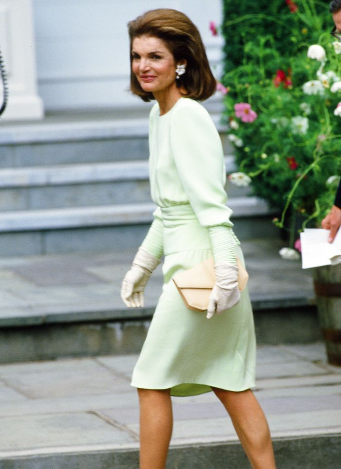 Here S What Jackie Kennedy Wore To Her Daughter S Wedding Who
