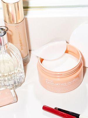 The 11 Best Exfoliating Pads for the Brightest, Glowiest Skin Ever