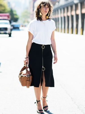 The Minimalist's Guide to Summer Style