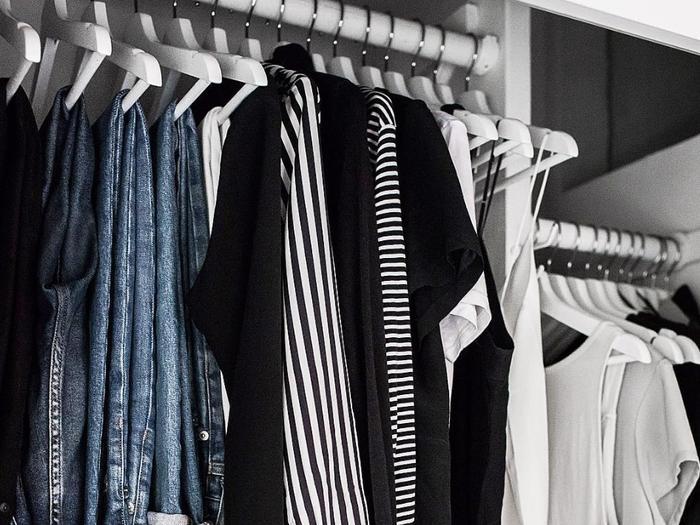 small closet organization tips promo
