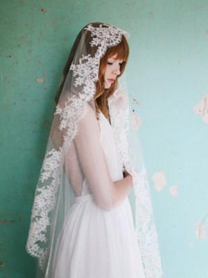 The Best Halter Wedding Dresses for a Summer Wedding