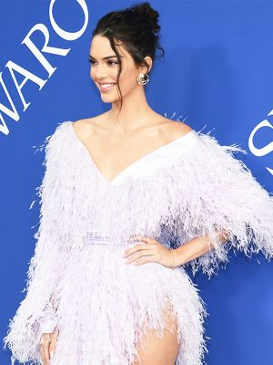 Kendall Jenner Wore a Dress With a Slit Up to There at the CFDA Awards