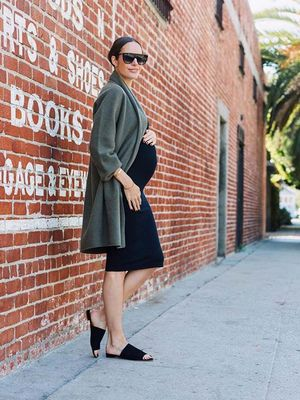 How to Create a Babymoon Capsule Wardrobe