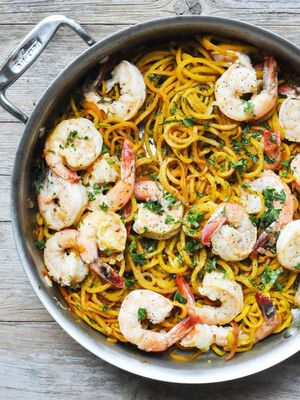 8 Shrimp Scampi Recipes Made for Alfresco Summer Dining