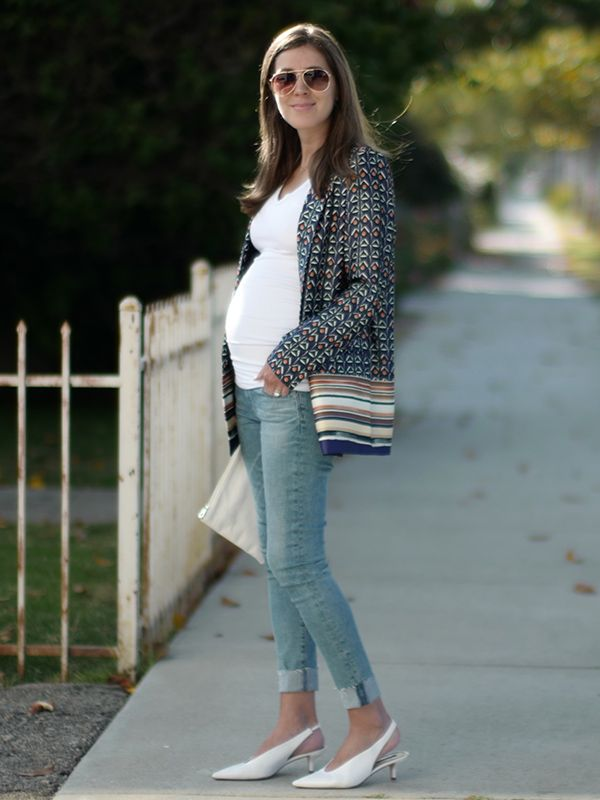 63b0e0b10a3a7 While today there is a lot more variety when it comes to maternity wear, I  still find many maternity clothes underwhelming and uninspiring.
