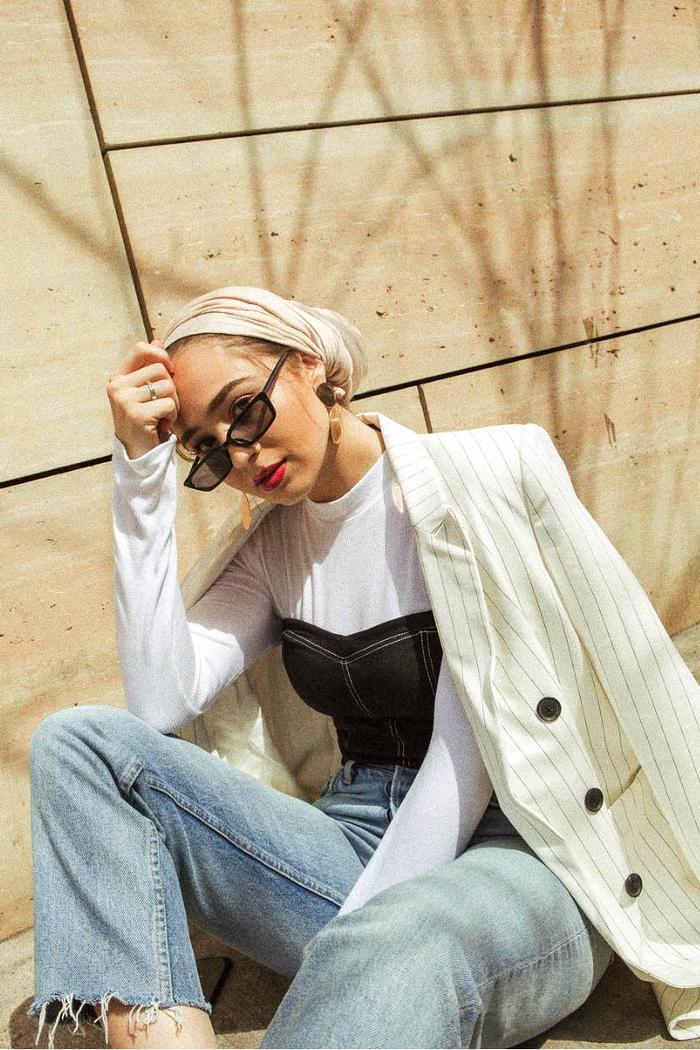 eid outfit ideas jeans bodysuit bustier and blazer