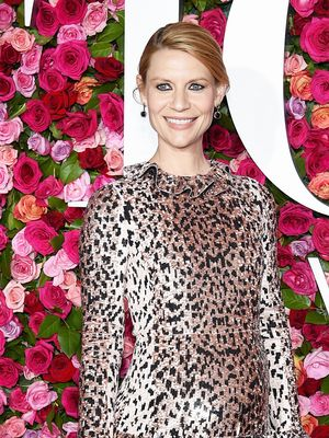 See How a Pregnant Claire Danes Wore a Major Trend at the Tonys