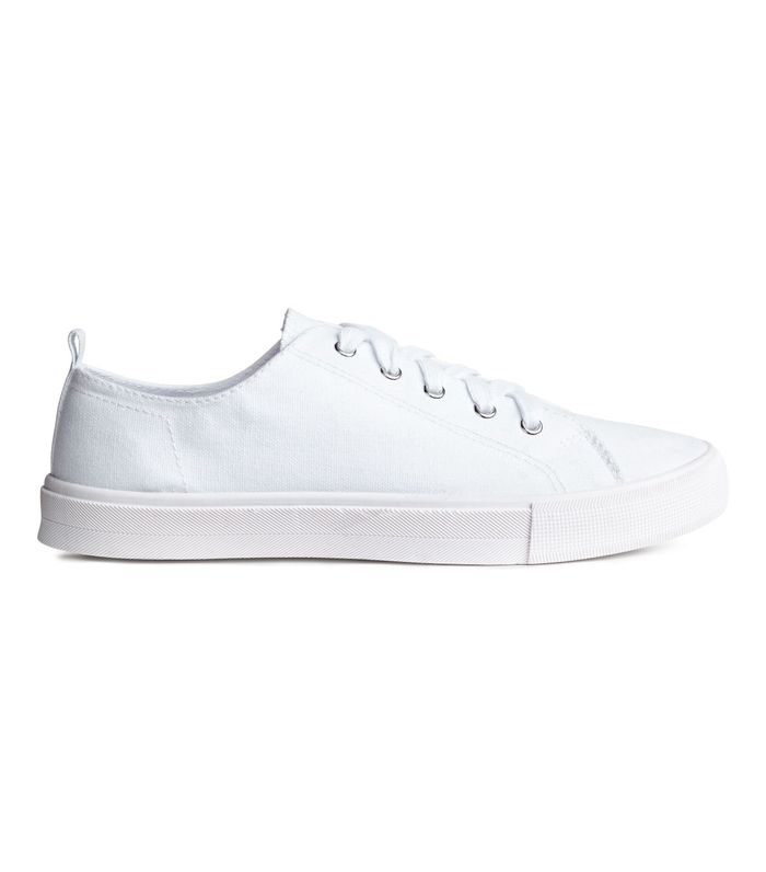 20 Perfect White Canvas Sneakers | Who