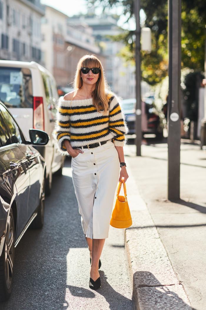 White denim skirt outfits