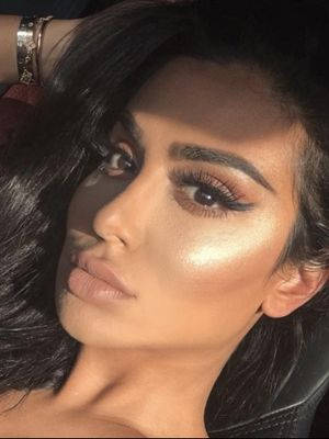 Huda Kattan Says This Is the Secret to Middle-Eastern Women's Perfect Hair