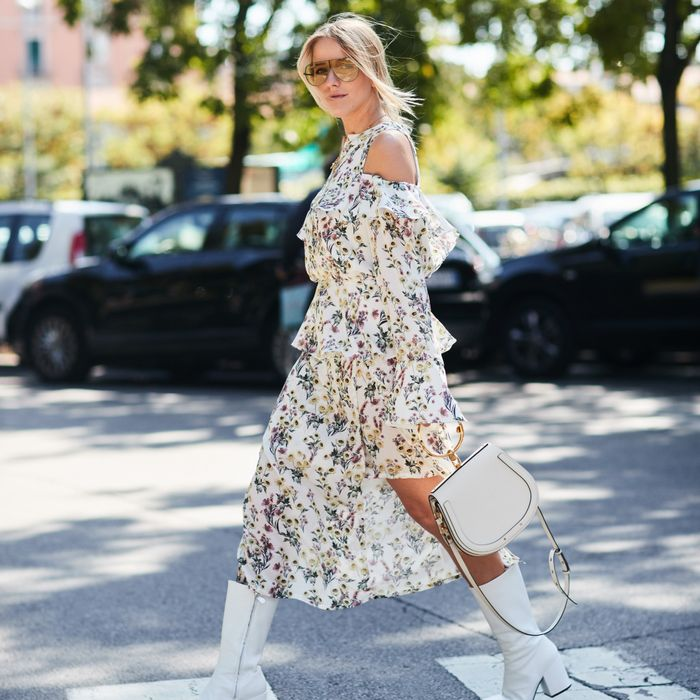 11 White Boot Outfits for Summer | Who