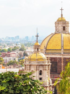 Where to Stay, Find the Best Street Food, and Sip on Mezcal in Mexico City
