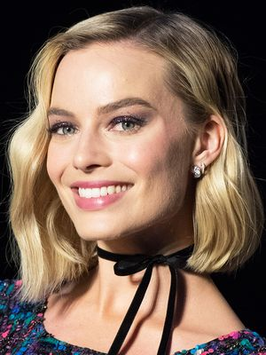 The 6 Most Useful Tips I Learned From Margot Robbie's Makeup Artist